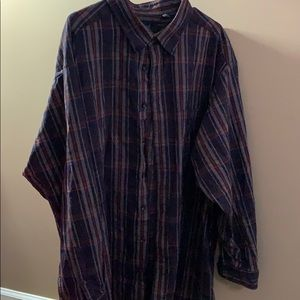 Roundtree & Yorke Flannel Button Down Shirt